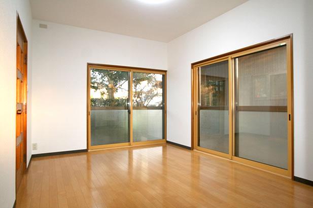 M様邸 窓エコリフォームで快適キッチン・明るいリビング完成!